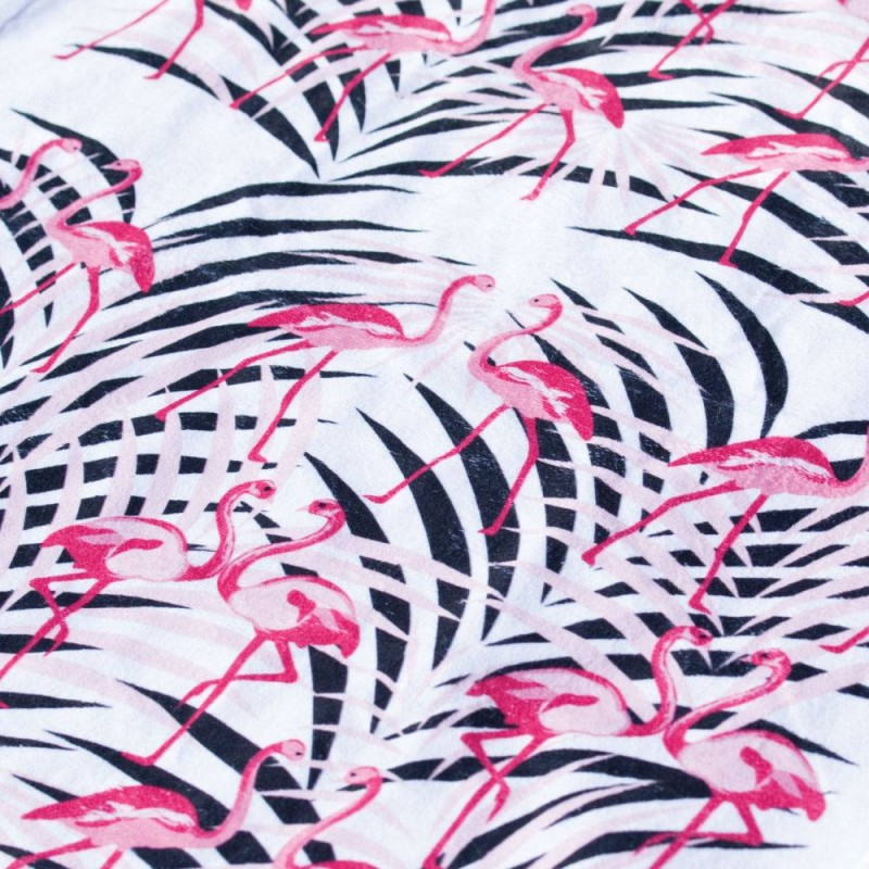 Verano with Flamingos Towel